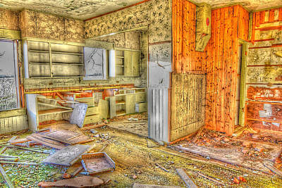 Abandoned House 1 Art Print by Bonnie Bruno