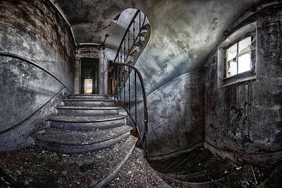 Abandoned House Wall Art - Photograph - Abandoned House by Francois Casanova
