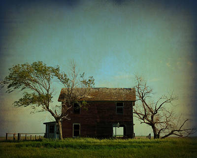 Mission Ventures Photograph - Abandoned House On The Prairie by Terry Eve Tanner