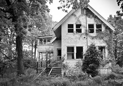 Photograph - Abandoned House by Ricky L Jones