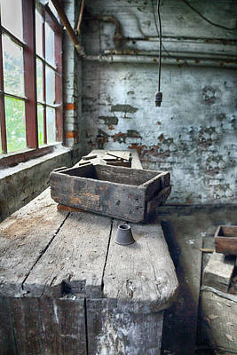 Abandoned Vintage Work Bench Print by Russ Dixon