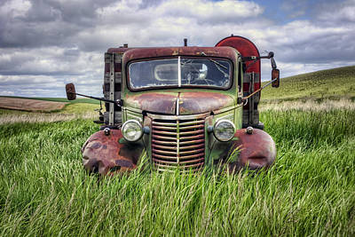 Abandoned Work Truck - Gmc  - Palouse Art Print by Nikolyn McDonald