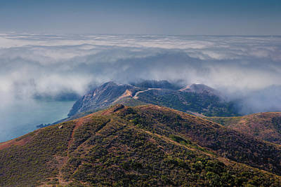 Firefighter Patents Royalty Free Images - Above the fog - Marin Headlands Royalty-Free Image by Henry Inhofer