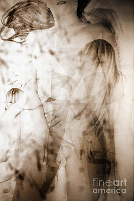 Abstract Photograph - Abstract Female Nudes by Jochen Schoenfeld