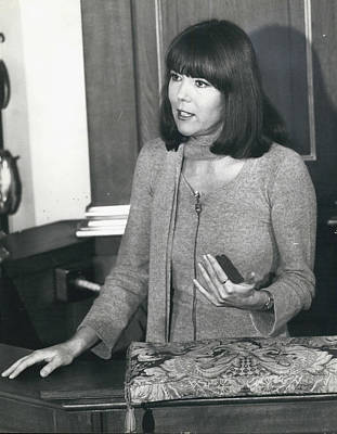Actress Dina Rigg In Lunch Hour Dialogue At St. Mary-le-bow Art Print by Retro Images Archive