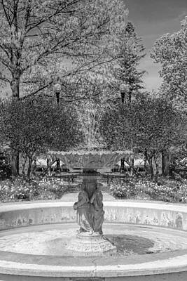 Photograph - Adams Park Fountain Black And White by Christopher Arndt