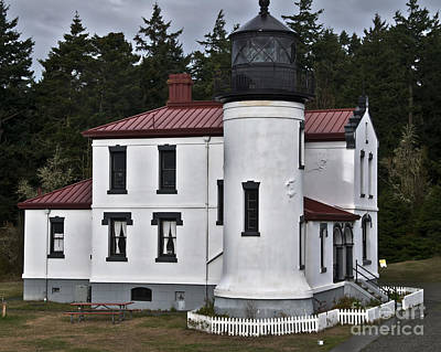 Photograph - Admiralty Head Lighthouse 2 by Kirt Tisdale