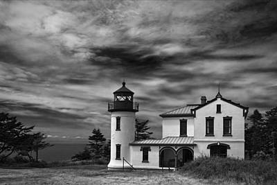 Cape Disappointment Photograph - Admiralty Head Lighthouse Bw by Joan Carroll