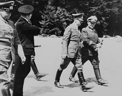 Goering Photograph - Adolf Hitler And Hermann Goering by Everett