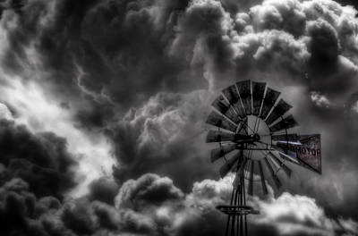 Sw New Mexico Photograph - Aermotor by Roch Hart