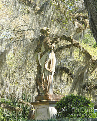 Photograph - Afton Plantation Villa Statuary by Lizi Beard-Ward