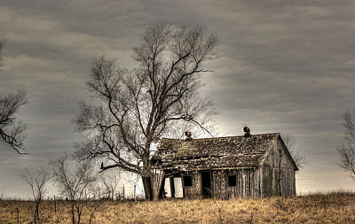 House On The Hill Photograph - Aged by Thomas Danilovich