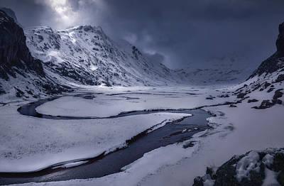 Frost Photograph - Aguas Tuertas by Juan Manuel Fernandez