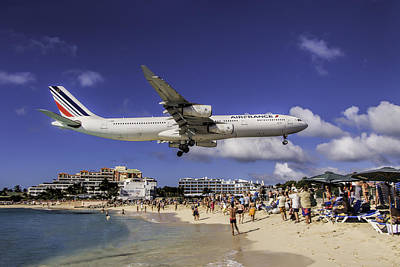 Air France St. Maarten Landing Art Print by David Gleeson