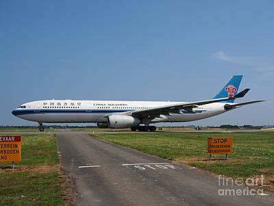 Klm Photograph - Airbus A330 by Paul Fearn
