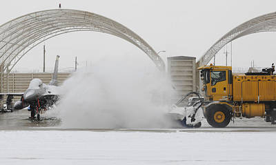 Snow Removal Photograph - Airmen Clear Taxiway, Kunsan Air Base by Science Source