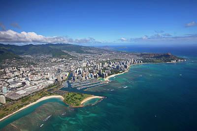 Ala Moana Photograph - Ala Moana & Waikiki, Oahu, Hawaii by Douglas Peebles