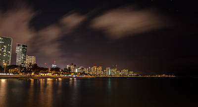 Photograph - Ala Moana Beach Park At Night by Tin Lung Chao