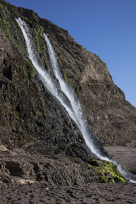 Point Reyes National Seashore Photograph - Alamere Falls by Garry Gay