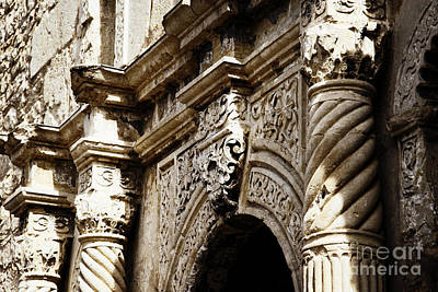 Photograph - Alamo Detail by Lincoln Rogers