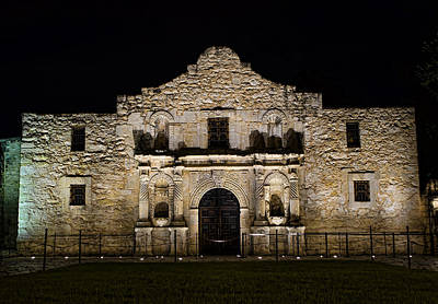 Davy Crockett Photograph - Alamo Mission by Heather Applegate