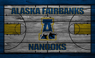 March Photograph - Alaska Fairbanks Nanooks by Joe Hamilton