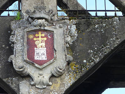 Photograph - Albi Crest On Bridge by Susan Alvaro