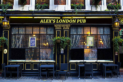 Photograph - Alex's London Pub by David Pyatt