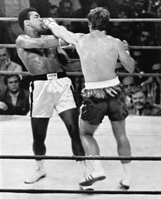 Punching Photograph - Ali-quarry Fight by Underwood Archives