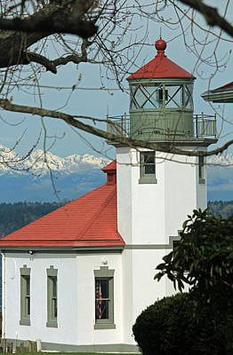 Photograph - Alki Lighthouse II by E Faithe Lester