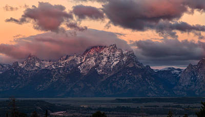 Photograph - Alpenglow On The Grand Tetons by Kathleen Bishop