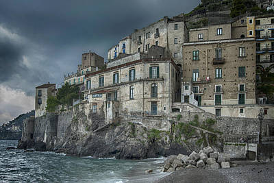 Photograph - Amalfi Sea Wall by Alan Toepfer