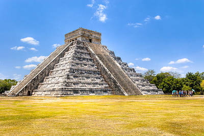 Photograph - Amazing Mayan Pyramid At Chichen Itza by Mark Tisdale