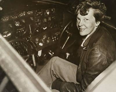Amelia Earhart, Us Aviation Pioneer Print by Science Photo Library
