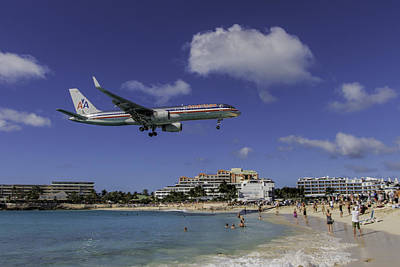 Sint Maarten Wall Art - Photograph - American Airlines At St. Maarten by David Gleeson