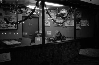 Photograph - American Diner by Luis Esteves
