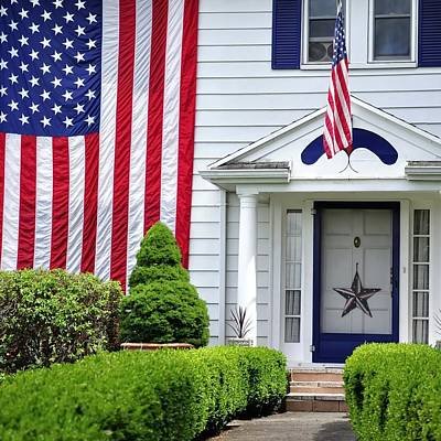 Jerry Sodorff Royalty-Free and Rights-Managed Images - American Home 25515 by Jerry Sodorff