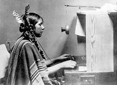 Photograph - American Indian Telephone Operator, 1925 by Science Source