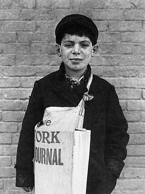 Photograph - American Newsboy, 1909 by Granger