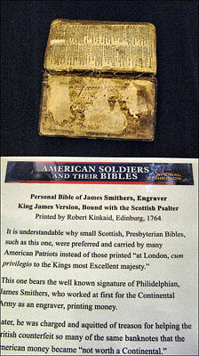 Photograph - American Soldiers Bibles by Glenn Bautista