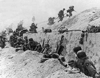 Trench Photograph - American Troops At Utah Beach by Underwood Archives