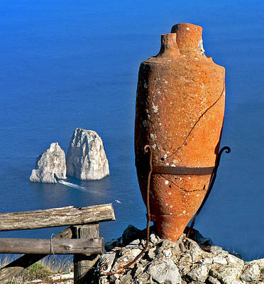 Photograph - Amphora On The Island Of Capri 2 by Russ Murry