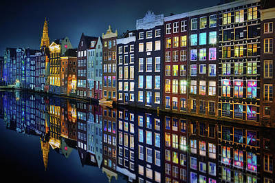 Amsterdam Wall Art - Photograph - Amsterdam Mirror. by Juan Pablo De