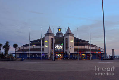 Photograph - Amusement Arcade At Bournemouth Pier by Terri Waters