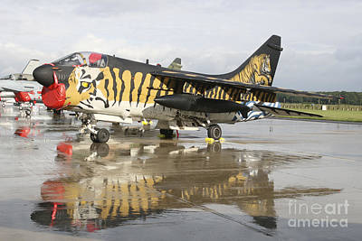 On Trend At The Pool - An A-7e Corsair Of The Hellenic Air by Timm Ziegenthaler