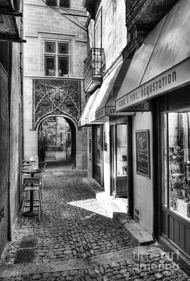 Table Wine Photograph - An Alley In Avignon Bw by Mel Steinhauer