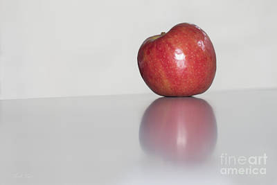 Photograph - An Apple A Day by Linda Lees