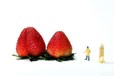 Painting - An Artist Drawing Strawberries by Paul Ge