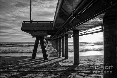 Venice Beach Photograph - An Evening At Venice Beach Pier by Ana V Ramirez