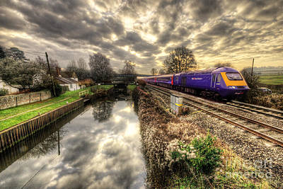 High Speed Photograph - An Hst At Little Bedwyn  by Rob Hawkins